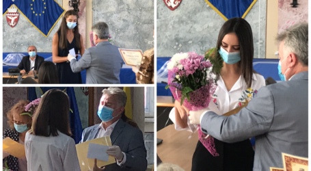 VIDEO. Ionel Ciunt a premiat elevii de 10 din Zalău