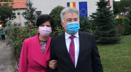 Ionel Ciunt, la vot alături de soție