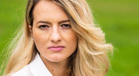 O tânără mamă din Sălaj și-a depus candidatura la funcția de primar din maternitate