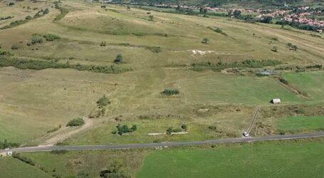Filmare aeriană cu traseul Autostrăzii Zimbor – Poarta Sălajului
