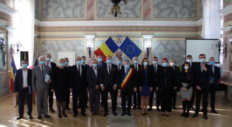 """Ciunt, primarul care a unit opoziția din Zalău: """"carnetele de partid să le lăsați acasă"""""""
