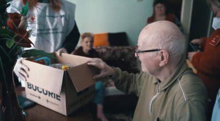 Bătrânii din Zalău care trăiesc cu o pensie foarte MICĂ, sprijiniți constant de Crucea Roșie Sălaj