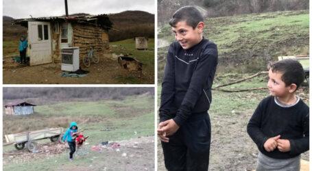 Trei copii care trăiesc în condiții INUMANE pe malul Someșului visează să ajungă oameni mari