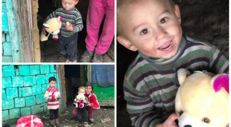 Destin INUMAN: copiii din Sălaj care nu au avut niciodată jucării. Mama se chinuie să îi crească muncind cu ziua prin sat