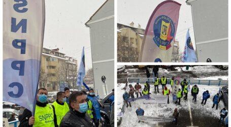 FOTO. Polițiștii au protestat astăzi la Zalău împotriva Guvernului