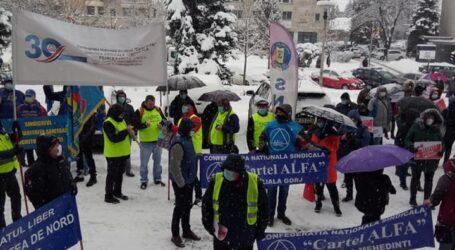 FOTO. Au început PROTESTELE! Sindicaliștii scandează mâine la Zalău împotriva prefectului și a Guvernului