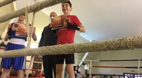 VIDEO. 3 copii din Zalău, medaliați cu aur la un concurs național de box