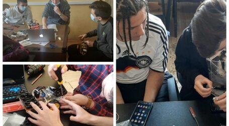 5 elevi din Jibou au cucerit medalia de AUR la un concurs național de robotică la care au participat 33.000 de elevi din România