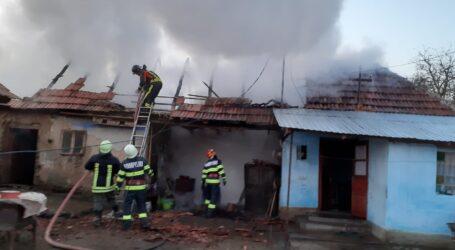 Incendiu devastator la o casă din localitatea Marin