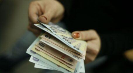 O femeie a găsit o sumă de bani în fața unui magazin din Zalău și i-a predat Poliției
