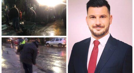 Viceprimarul Jiboului, Vlad Pașcalău a muncit cot la cot cu angajații primăriei pentru a înlătura efectele negative ale inundațiilor din oraș