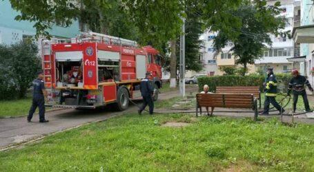Incendiu într-un apartament din zona Dedeman Zalău, provocat de o cratiță uitată pe aragaz