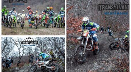 Într-un sătuc din Sălaj se organizează un super concurs de enduro. Motocicliștii promit spectacol garantat