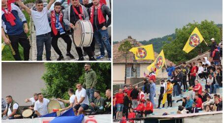 VIDEO. Spectacol în tribune la meciul de baraj. SCM Zalău, susținută de două galerii