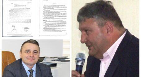 Prefectul vrea să-l acționeze în instanță pe primarul PSD din Cristolț, după ce acesta le-a interzis consilierilor locali ai opoziției să folosească telefonul mobil în ședință