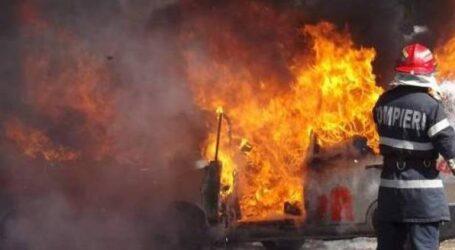 O mașină a ars ca o torță în localitatea Crasna, chiar în Noaptea de Înviere