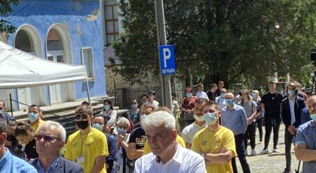 Primarul condamnat din Șimleu, aplaudat la scenă deschisă în prezența premierului Cîțu