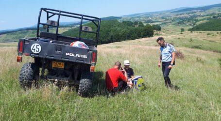 Un copil de 13 ani din comuna Creaca, DISPĂRUT de acasă, a fost găsit pe un câmp lângă Zalău (FOTO)