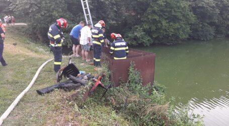Copil de 14 ani, înecat într-un lac din Sărmășag