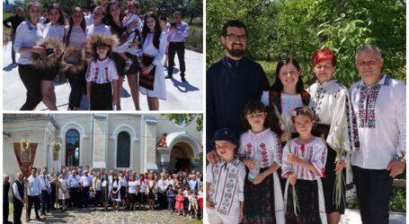 Rusaliile, sărbătorite în mod tradițional în satul Cizer