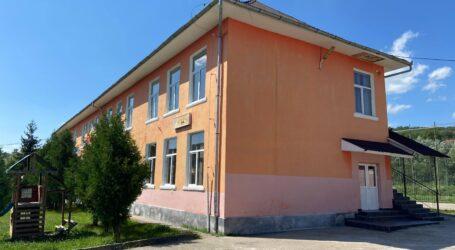 INEDIT! O școală din Sălaj va produce energie electrică cu ajutorul mai multor panouri solare