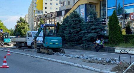 Locuitorii din centrul Zalăului rămân astăzi fără apă din cauza unei avarii