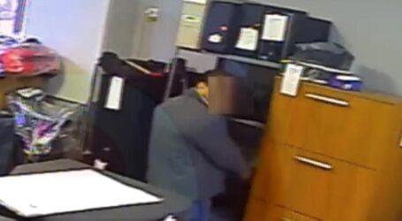Un bucureștean a furat un laptop dintr-un magazin din Zalău