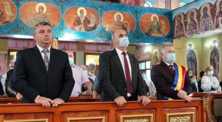 Legea nu e la fel pentru toți?! Coordonatorul Poliției Locale Zalău, fără mască la un eveniment în spațiu public închis unde au participat sute de persoane