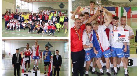Campionatul Mondial de Futnet (tenis cu piciorul) s-a desfășurat în Șimleu Silvaniei și Pericei