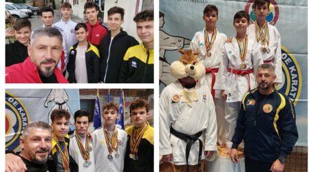Ce PERFORMANȚĂ! Sportivii sălăjeni pregătiți de Dan Chiș au cucerit 34 de medalii la Campionatul Național de Karate