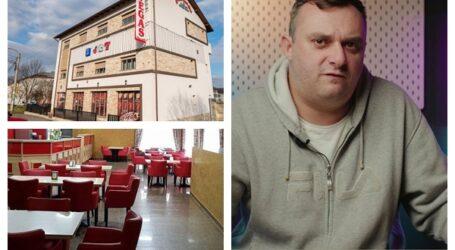 VIDEO. Se redeschide o cunoscută cafenea din Zalău. Nicu Bendea, invitat special la marea deschidere – intrarea este GRATUITĂ