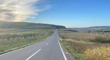 Unul dintre cele mai spectaculoase drumuri din Sălaj, Camăr – Balc a fost reabilitat cu un milion de euro